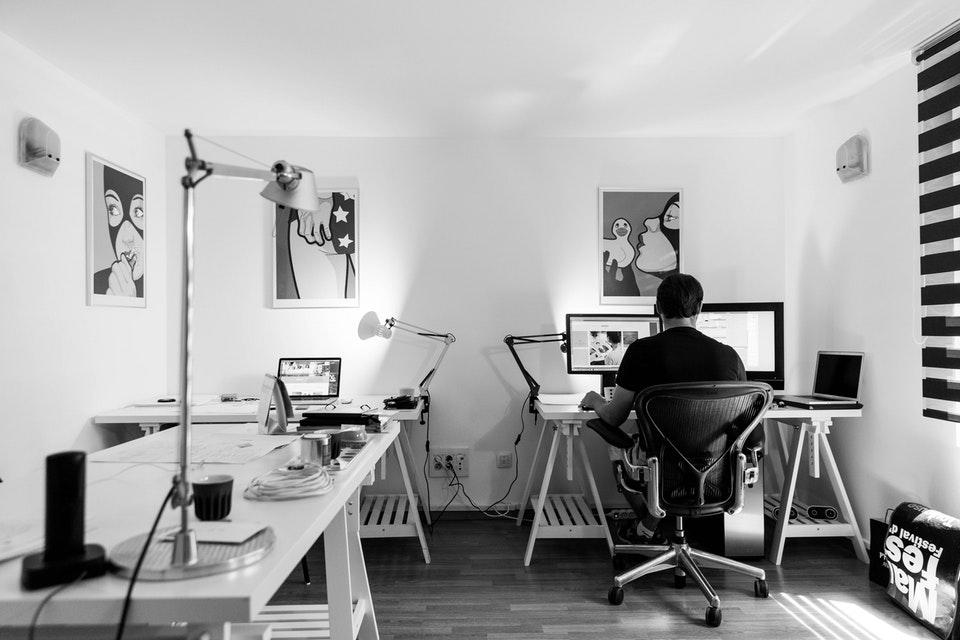 How I Find Six Figure Remote Software Developer Jobs